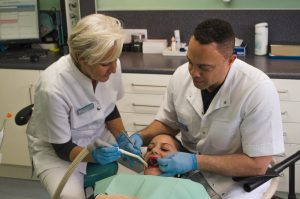 tandarts badhoevedorp